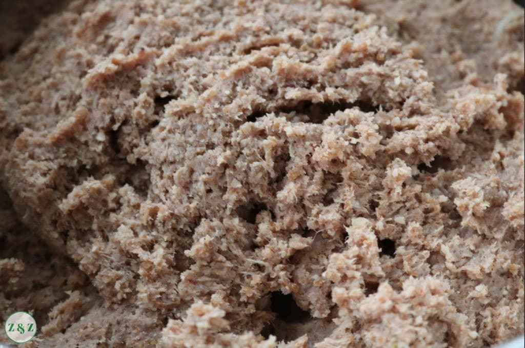 kibbe casing with bulgur wheat and minced meat