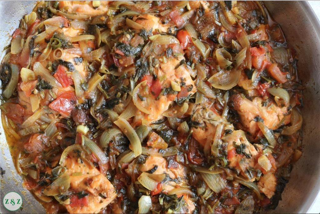 salmon with tomato and herb relish
