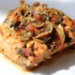 Salmon with Tomato Herb Relish