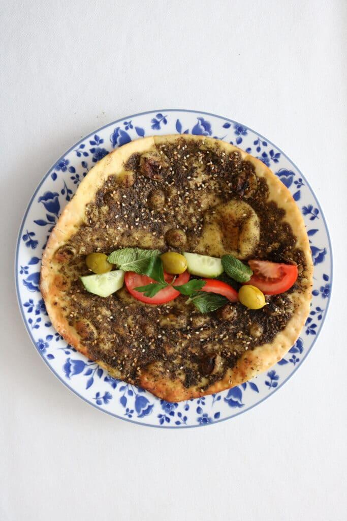 zaatar manakish with vegetables