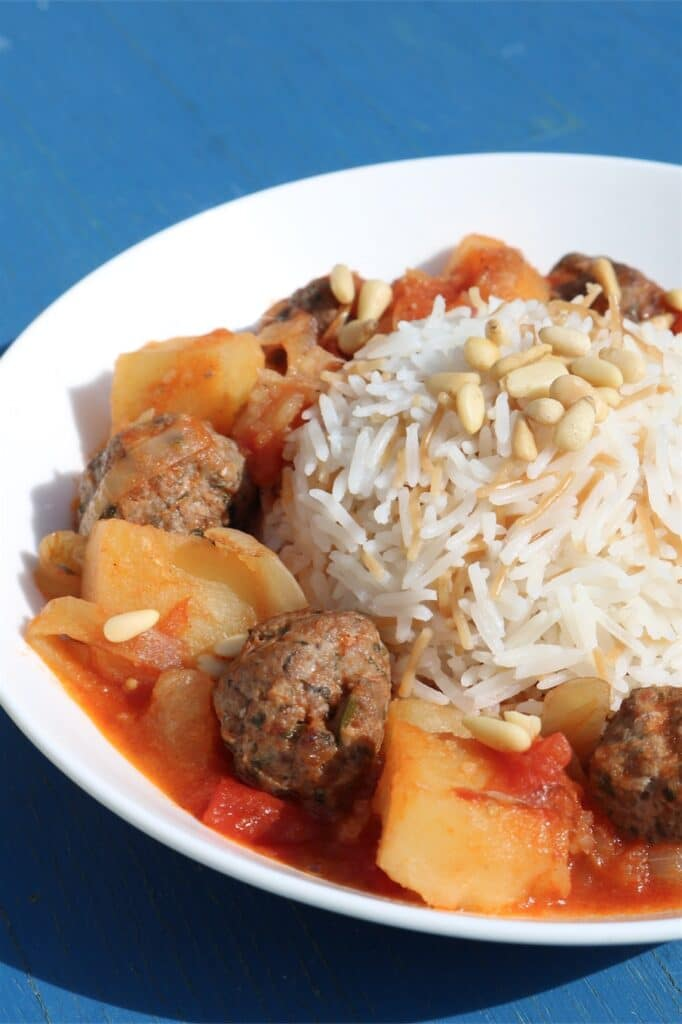 dawood basha with vermicelli rice